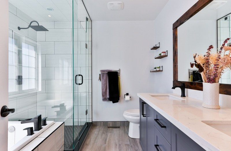 Why You Should Install Frameless Shower Screen and Mixer Taps In Your Bathroom?