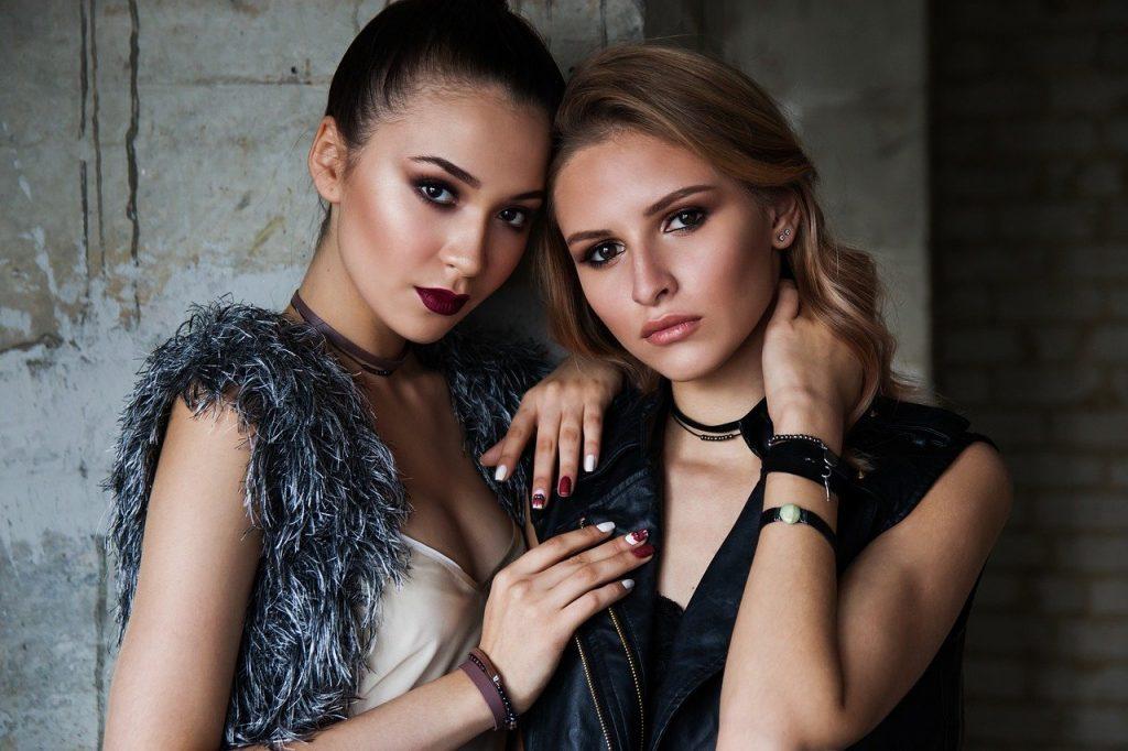Top Women's Fashion Blog and Women styles